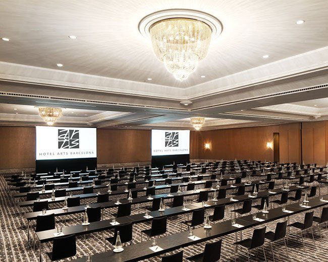 More than 3,500 m² of meeting rooms
