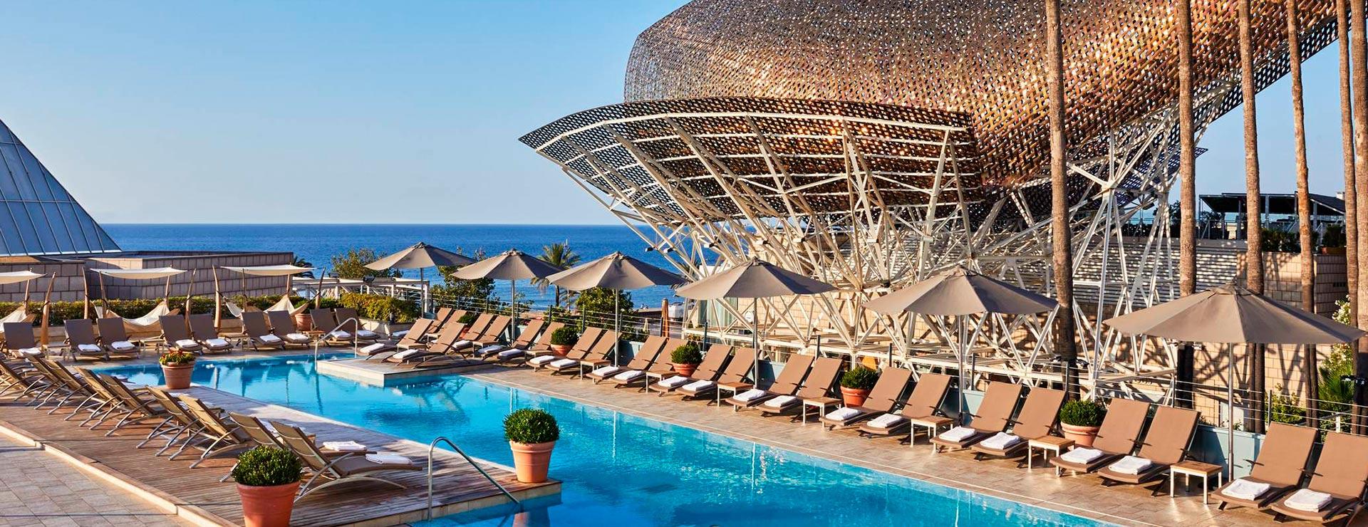Hotel arts barcelona lujo 5 estrellas al lado del mar for Hotels a bcn