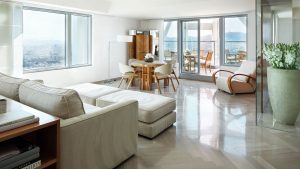 Presidential Penthouse – Salón