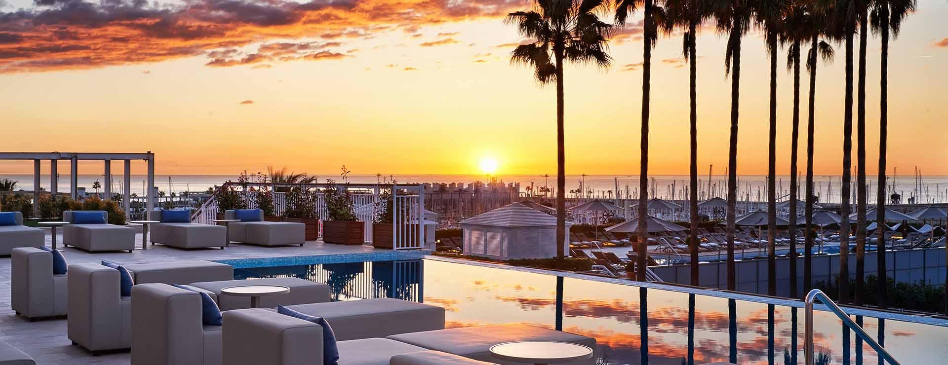 Infinity Pool and Lounge
